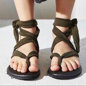 Sanuk Woman's Yoga Slinged Up Gladiator Sandal